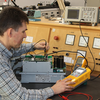 Repair service for power converters and frequency inverters